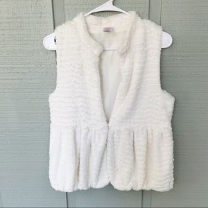 •, Wonder Nation Girls Faux Fur Ivory Vest A13